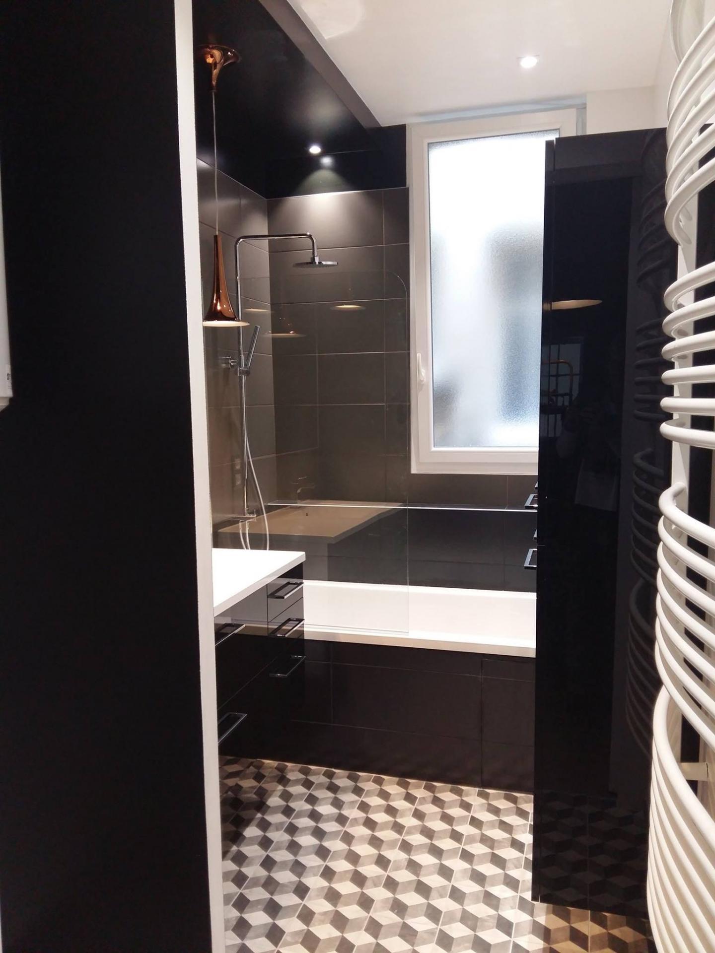 Salle de bains: création complète et maitrise d'oeuvre