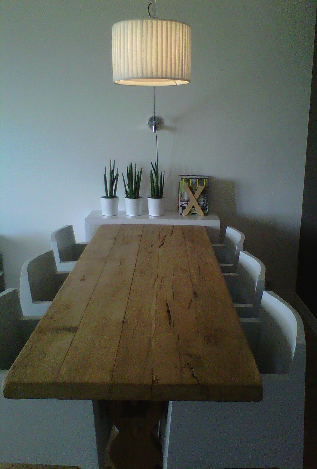 Le contraste entre le bois et le mobilier contenporain DRIADE